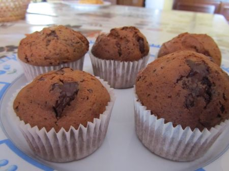 MUFFINS DE CHOCOLATE Y GALLETAS