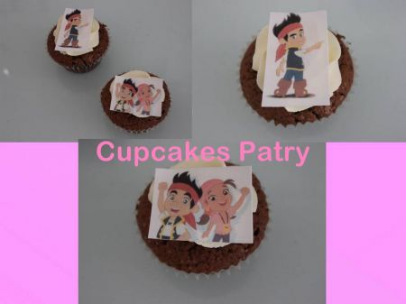 CUPCAKES DECORADOS CON PAPEL COMESTIBLE